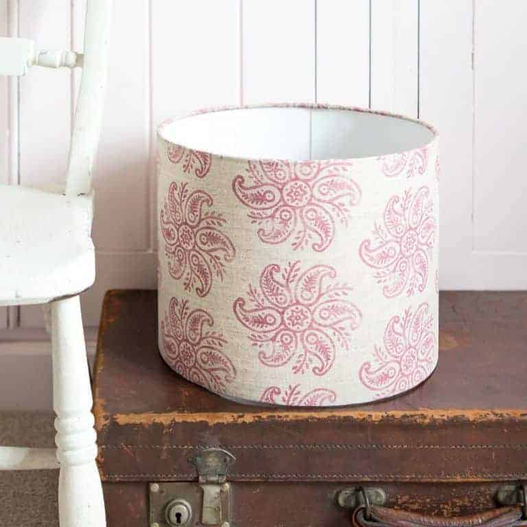 love this handmade linen covered lampshade in anouska by lolly & boo - matches with roman blind made in same fabric by olive+daisy. Click through to find our more