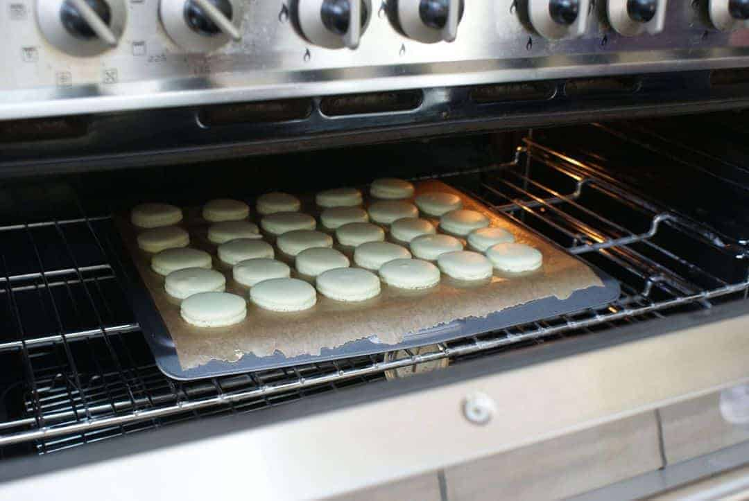 how to make macaroons