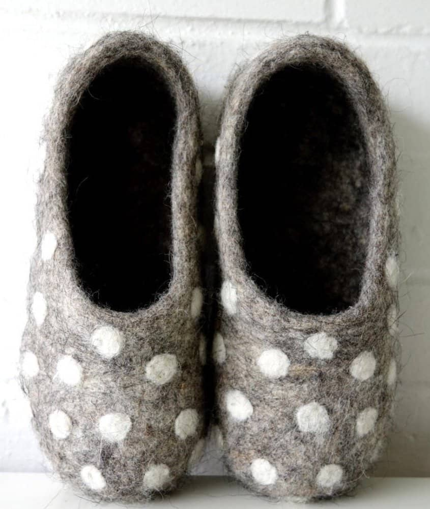 love these grey and white polka dot wool felt slippers. Click through to find out how to make a pair of wool felted slippers with other beautiful ideas to try that you'll love to make - and wear!