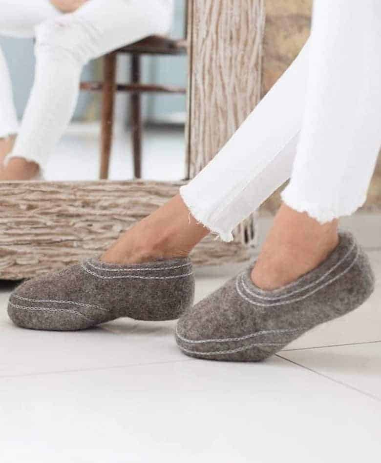 love these grey wool felted slippers with simple white seams available to buy from Etsy IUK #felt #slippers #felted #grey