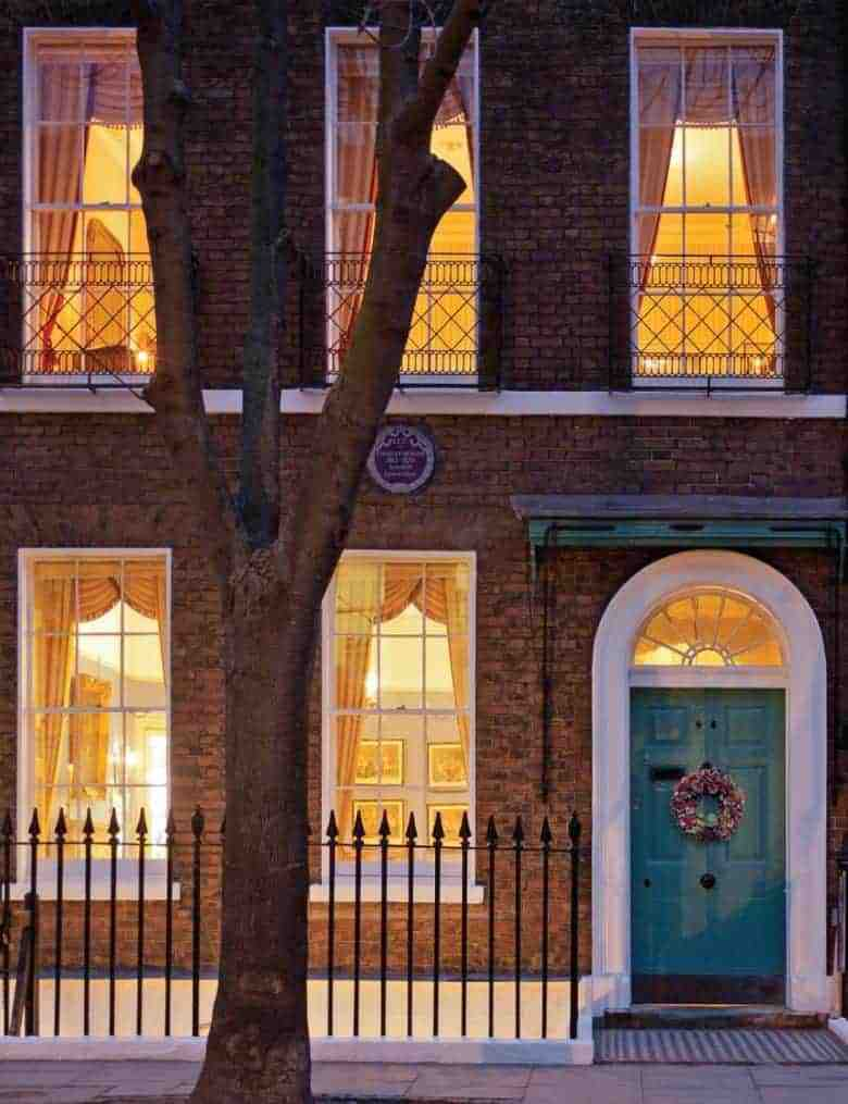 charles dickens museum bloomsbury london a real england aesthetic and also one of the bloomsbury places to visit in this corner of London as picked by Jo Heckett of Cockpit Arts who shares her local favourites - cafes, places to visit, local shops, gardens and historic squares #englandaesthetic #bloomsbury #london #dickens #museum