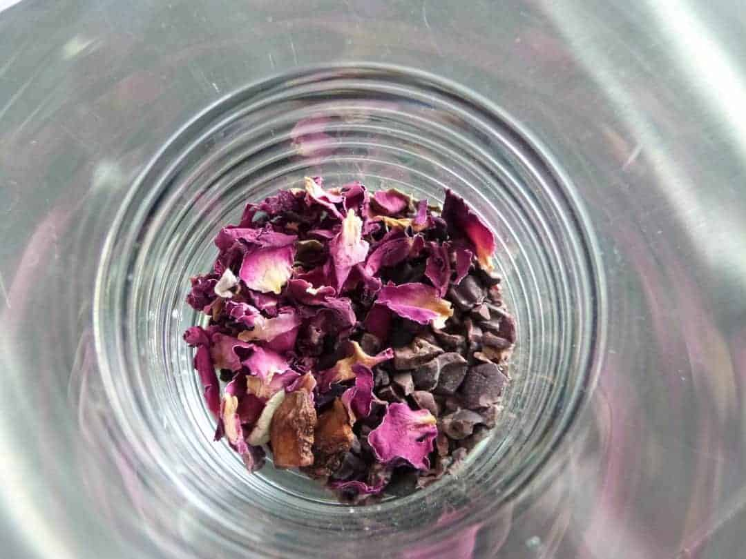 How to make rose infusion