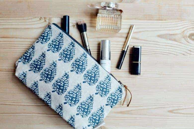 handmade printed linen make up bag mothers day gift idea by madder cutch and co. click through for more handmade mothers day gift ideas made in britain