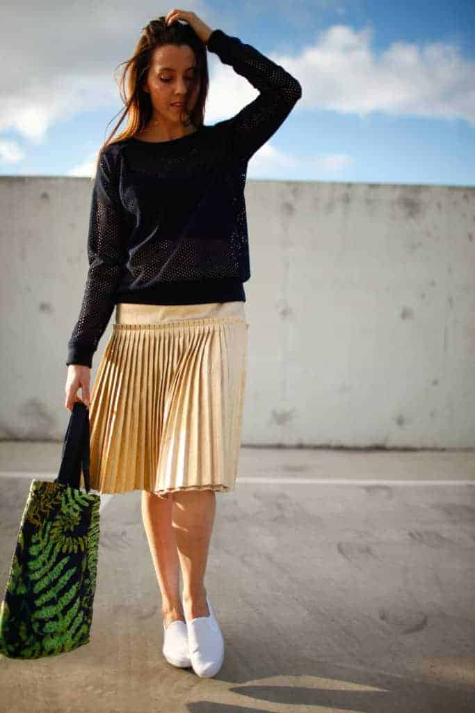 love this pleated sporty luxe skirt by Ada Spragg. Click through to get simple to follow DIY step by step tutorial to make one yourself as well as lots of other beautiful and easy to make skirt ideas you'll love to make and wear