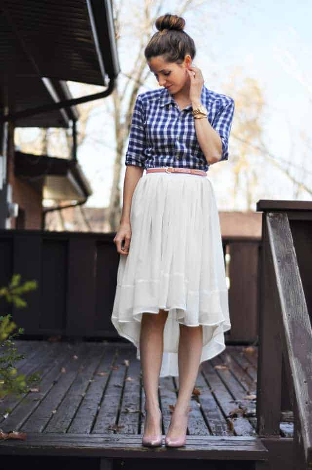 love this sheer gathered tapered high to low white skirt step by step sewing pattern tutorial by cotton and curls.Click through for easy to follow steps and video tutorial to make one yourself. as well as other great ideas for skirts to sew in minutes
