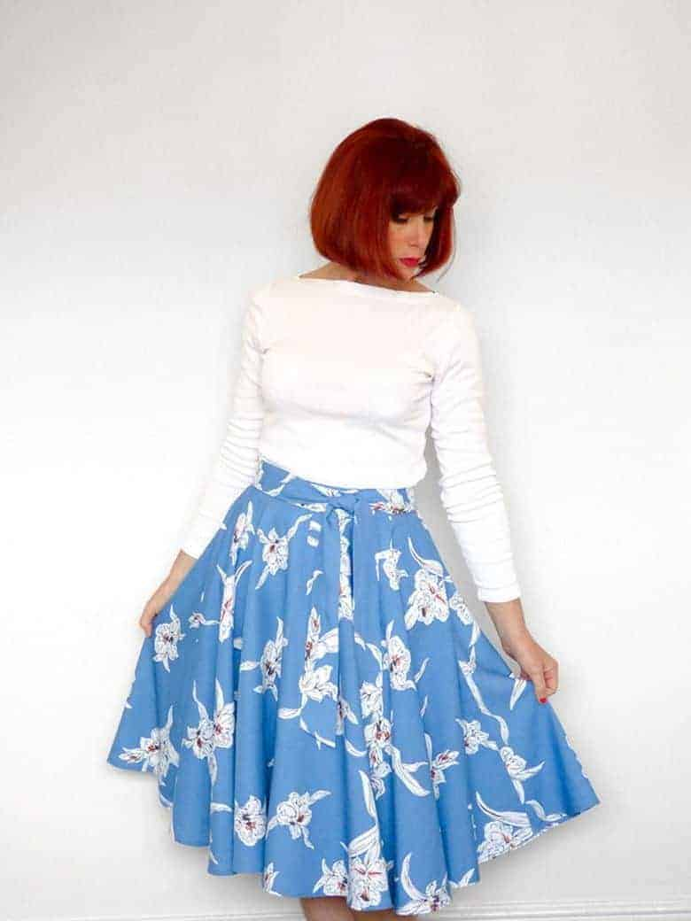 easy wrap around skirt sewing pattern with no zips - pretty and great for beginners PDF pattern #sewing #pattern #skirt