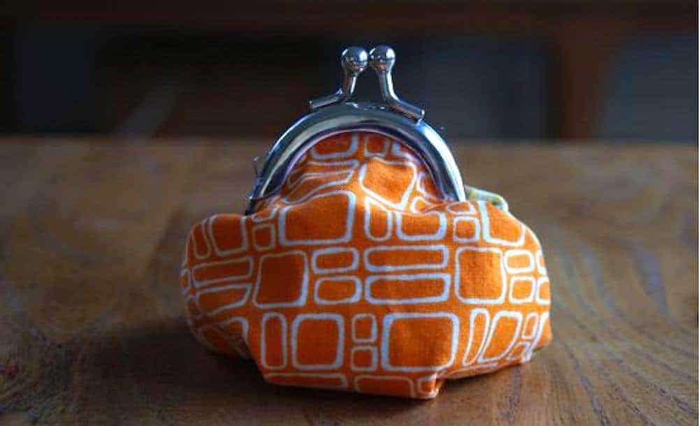 how to make a clasp purse with orange scandi midcentury vintage fabric and metal clasp
