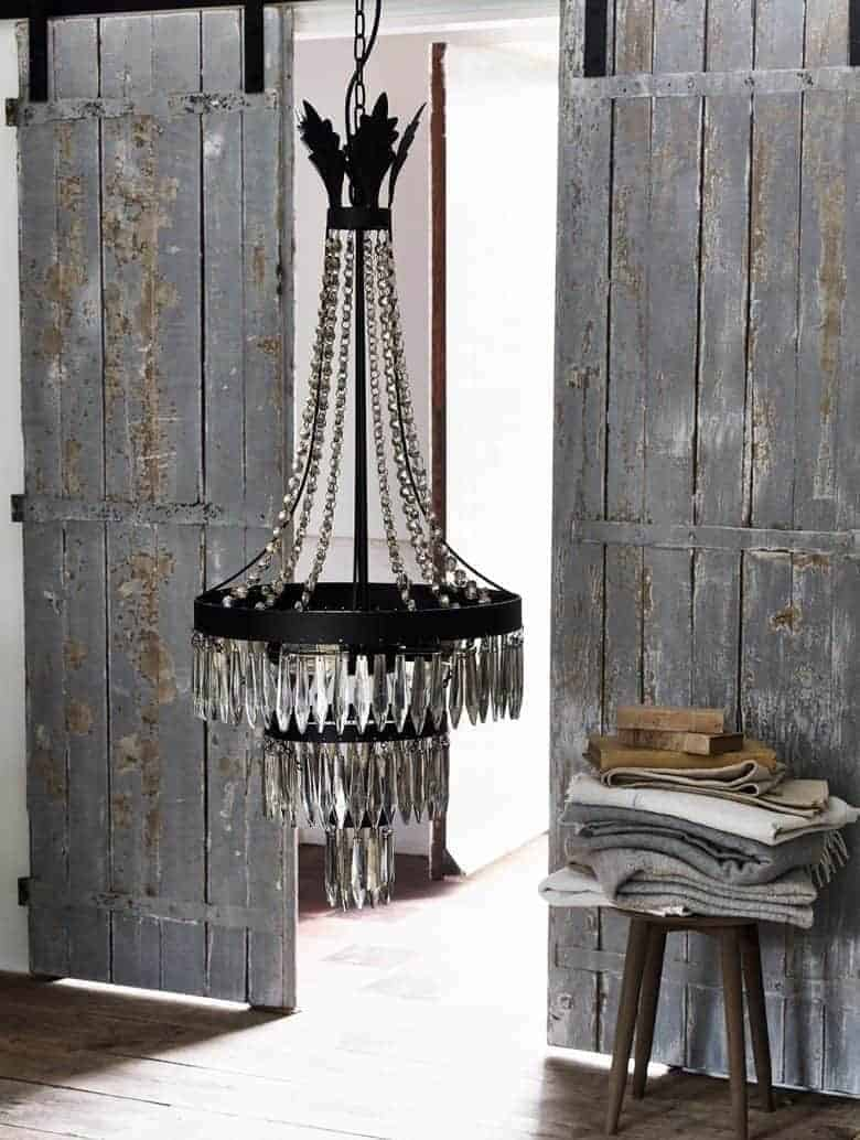 ashwell chandelier the white company in modern rustic interior. love the contrast between shabby chic/ rustic and grand opulence #modern #rustic #chandelier
