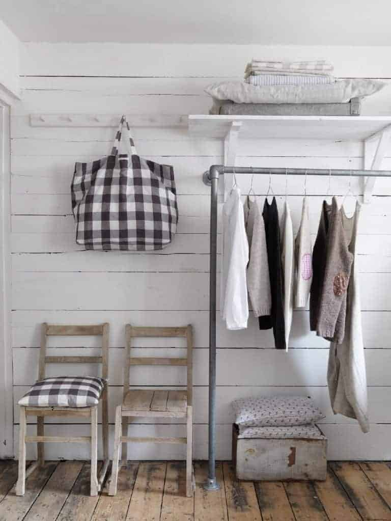 love this modern rustic clothes rail