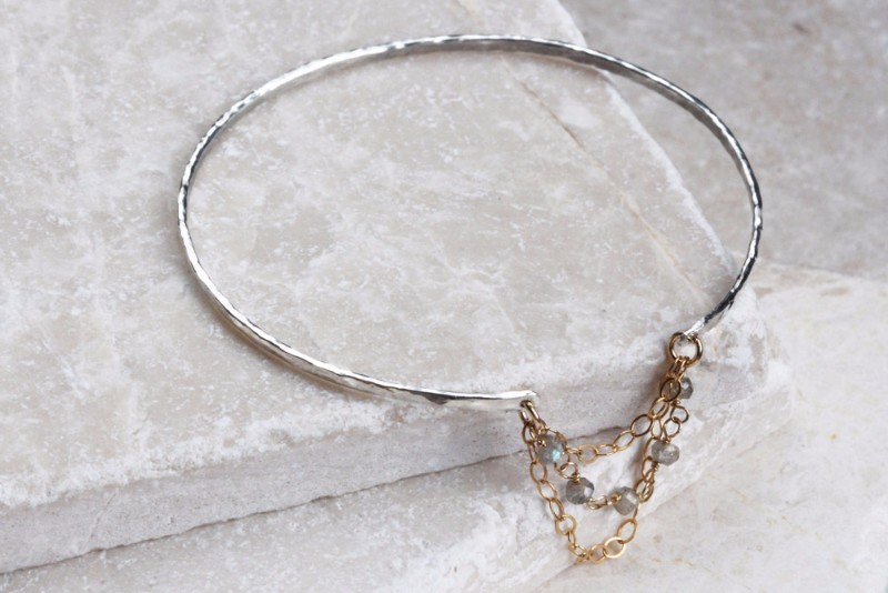 bangle-with-lab-chain-mixed-metal-brighter-1000