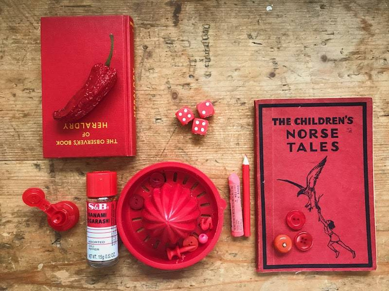 5ftinf red flatlay -click through to learn the tricks of the trade with Philippa Stanton - aka 5ftinf - on her inspirational Consciously Creative course