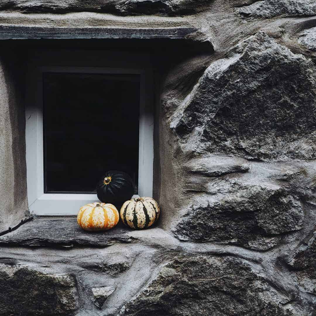 squashes and gourds on welsh stone windowsill. Slow living in Snowdonia wales. Meet creative business coach, marketing mentor and blogger Simple and Season Kayte Ferris. She shares a little of the story behind her slow living lifestyle in Snowdonia as well as tips for achieving a more soulful lifestyle wherever you live