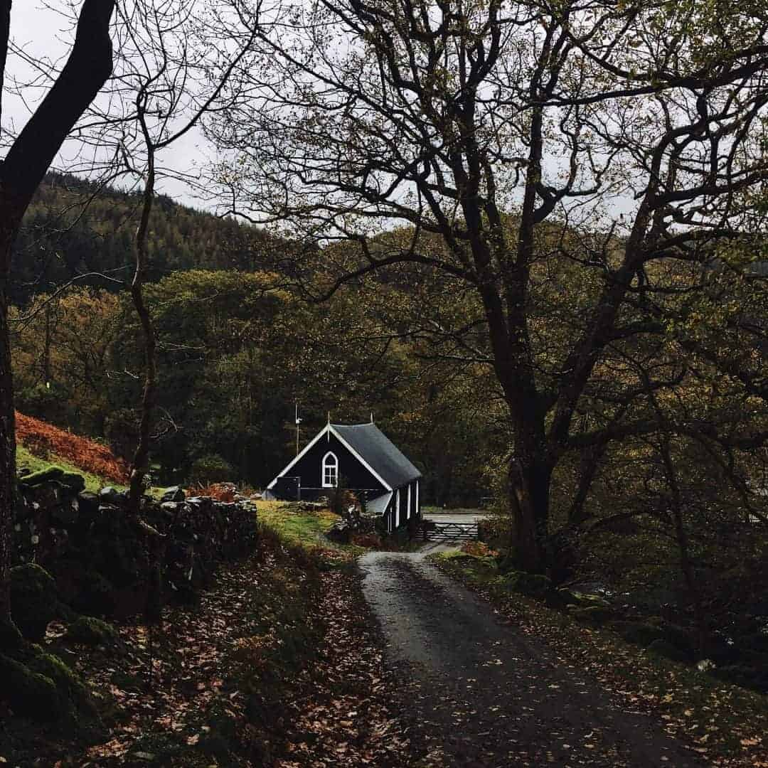 love this little welsh chapel. Slow living in snowdonia wales. Meet creative business coach, marketing mentor and blogger Simple and Season Kayte Ferris. She shares a little of the story behind her slow living lifestyle in Snowdonia as well as tips for achieving a more soulful lifestyle wherever you live