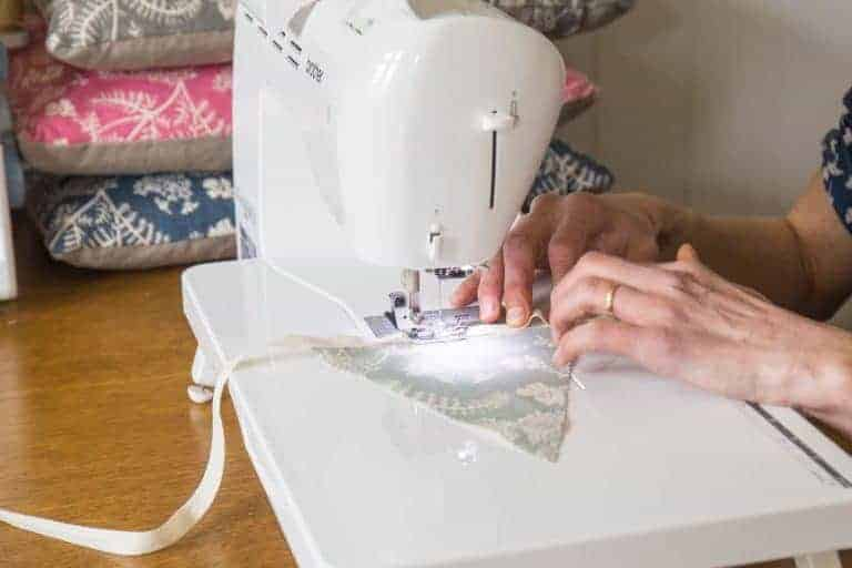 madder cutch and co nicola cliffe sewing bunting