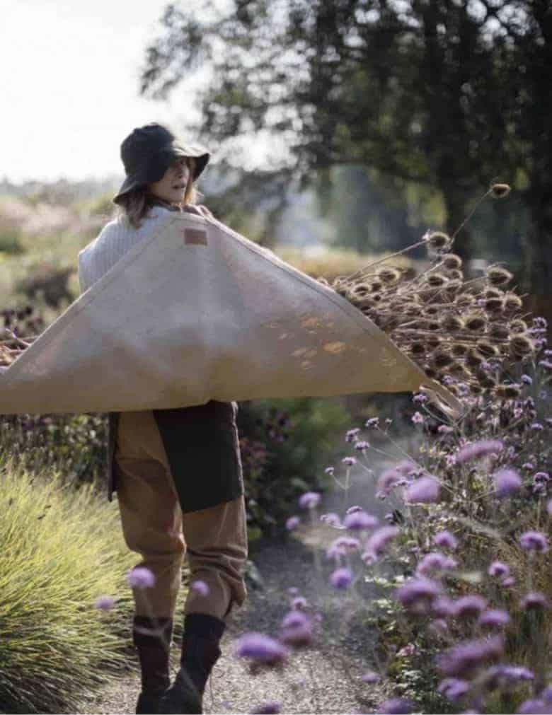 classic garden carrier by the carrier company made in jute which is sustainable and compostable - just one of my gift ideas for gardeners #gifts #giftideas #gardeners #gardening