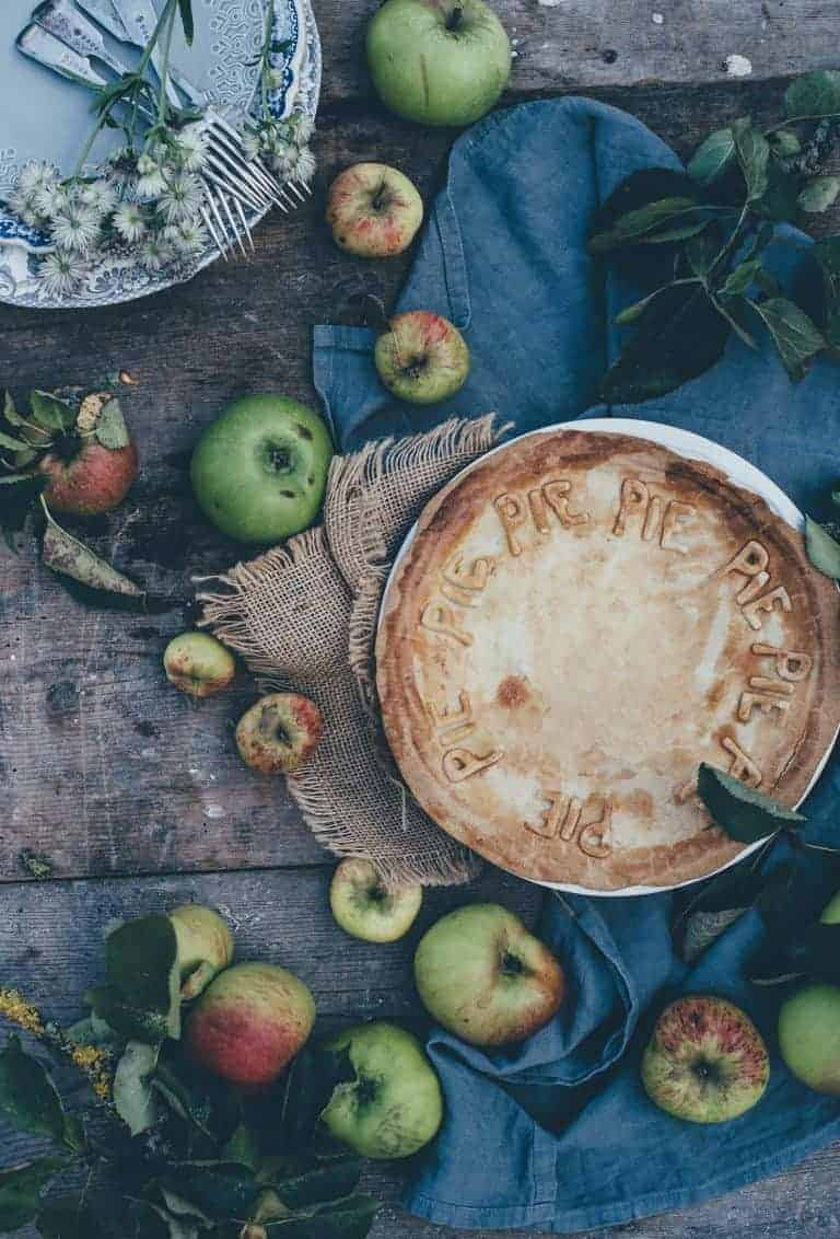 love this creative countryside magazine gather apple pie recipe