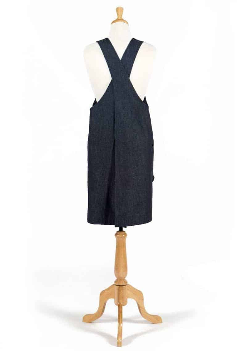 love this pinafore apron with crossover back handmade in Yorkshire by Stitch Society. Click through for my other favourite pinafore aprons to love a lifetime