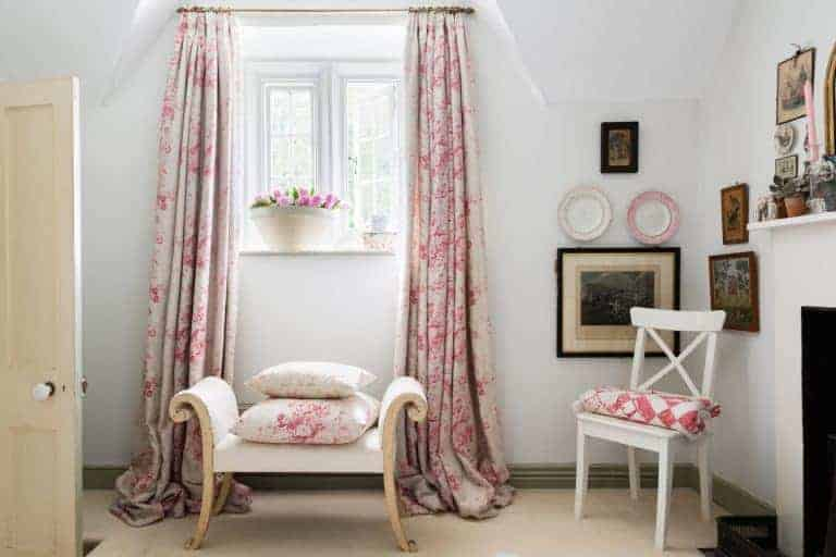 love these faded floral fabric curtains by Cabbages & Roses. Click through for more idea you'll love