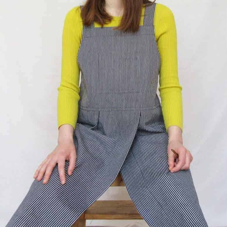 cross-back apron stripe denim #artisan #apron #crossback #frombritainwithlove #potter
