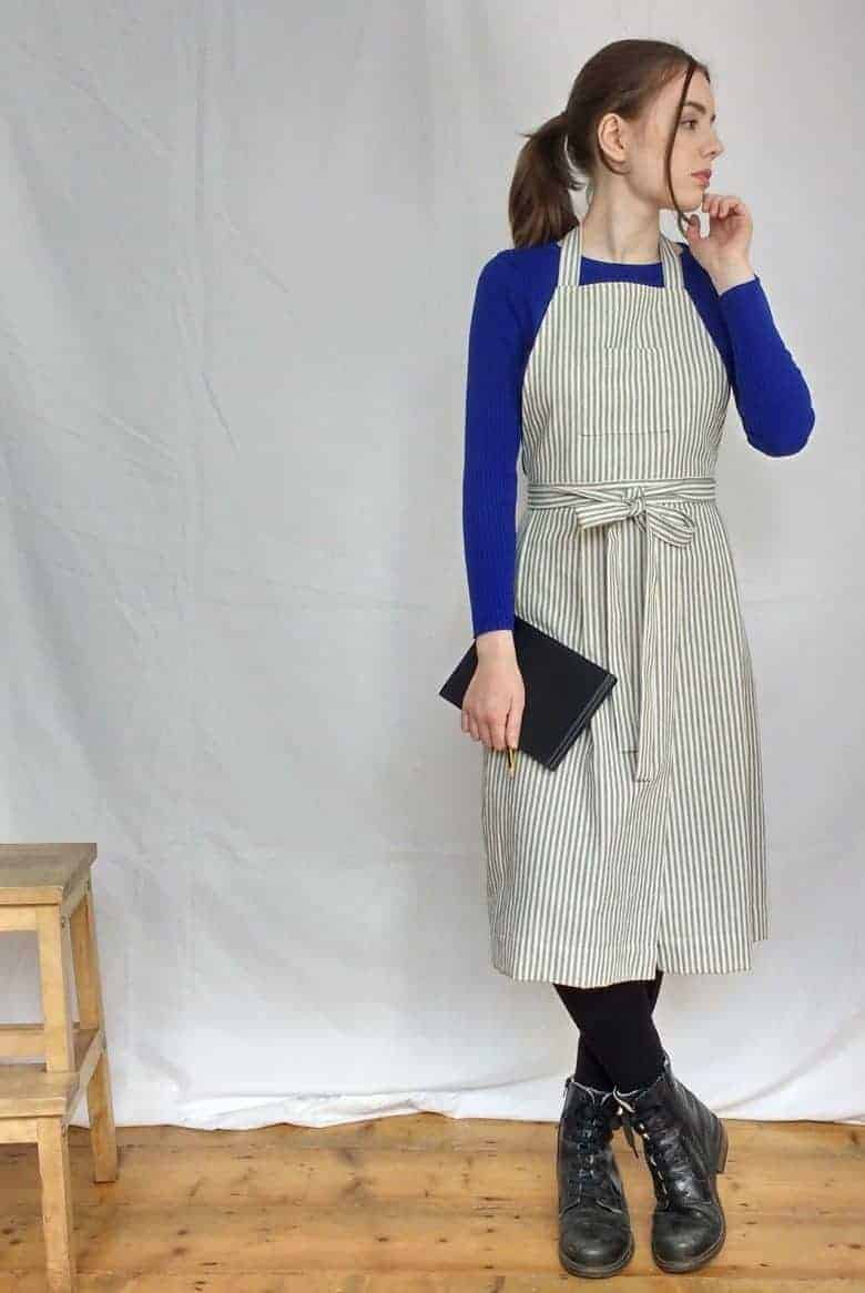 cross back apron for potters ticking stripe cotton with pleats #artisan #apron #crossback #frombritainwithlove #potter