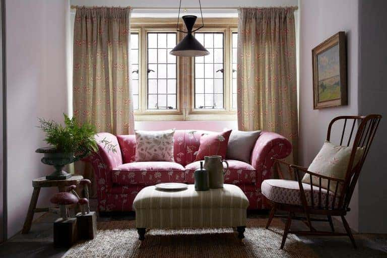 love this faded floral stripes and natural linen living room by vanessa arbuthnott. Click through for more ideas you'll love