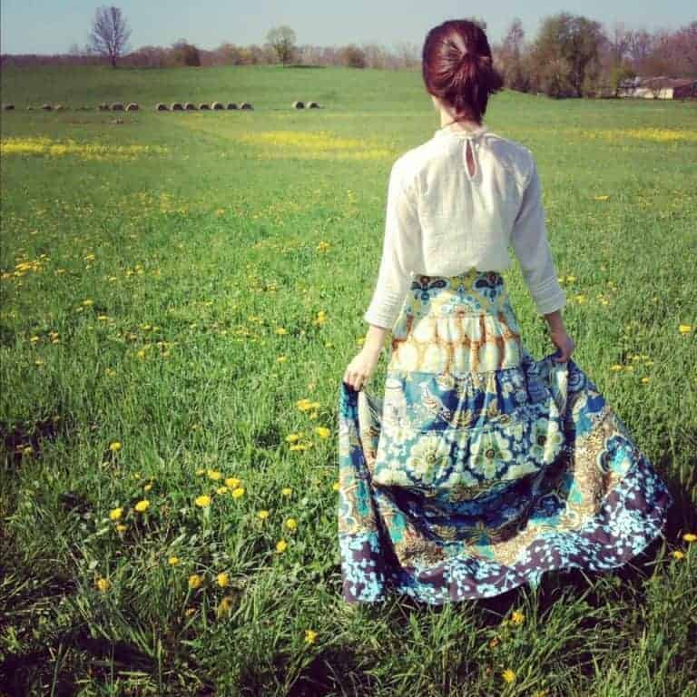 love this liberty maxi skirt by Amy Butler. Click through for some easy skirt making ideas you'll love