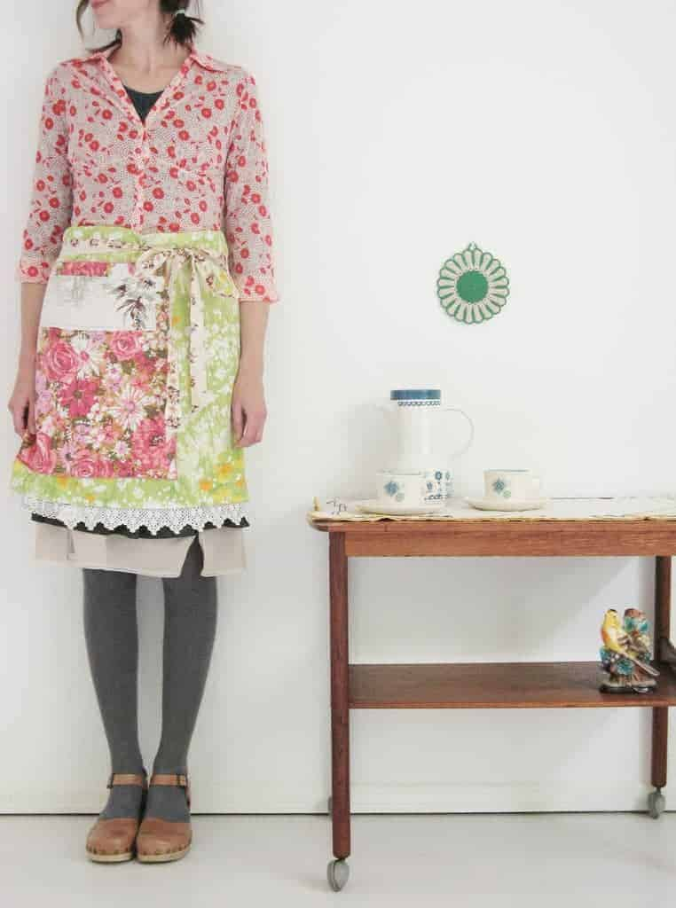love this dottie angel apron skirt. Click through to find out how to make it and other inspiring ideas you'll love
