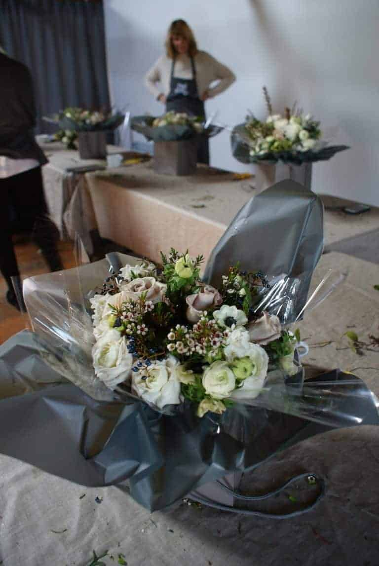 how to make a hand tied flower bouquet for spring