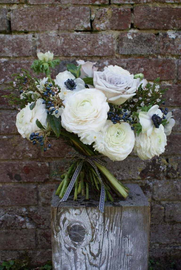 how to make a seasonal hand tied flower bouquet posy