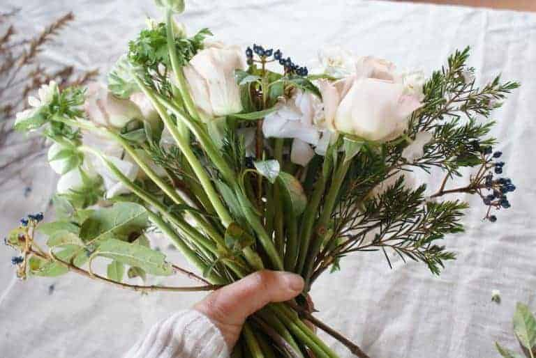 how to make a seasonal hand tied bouquet