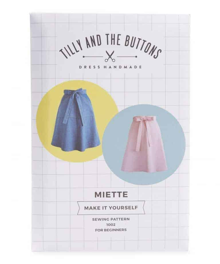 love this simple tie waisted skirt pattern by Tilly and the Buttons. Click through for more simple skirt making ideas you'll love