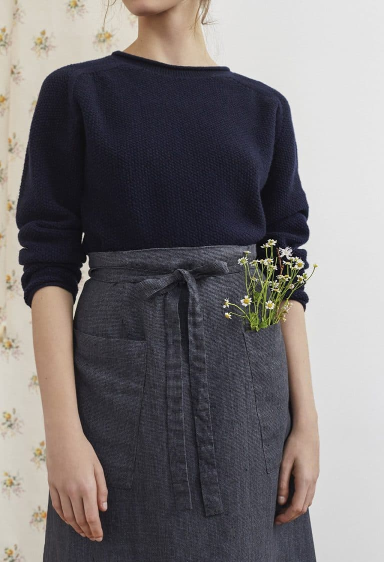 love this grey apron style linen skirt with frill by Justine Tabak. Click through for linen dress ideas you'll love
