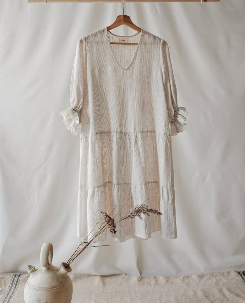 linen dress with deep frills v neck and gathered sleeves #madeinbritain #linen #dress #handmade #frombritainwithlove