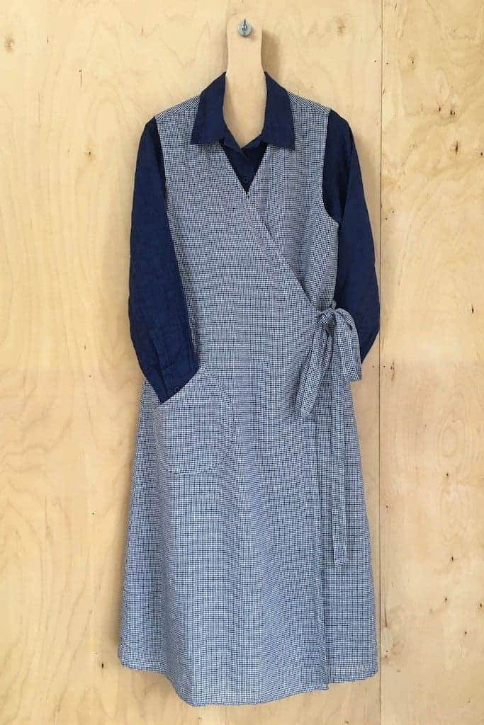 love this blue linen bungalow dress by Old Town Clothing. Click through to discover more linen dress ideas you'll love