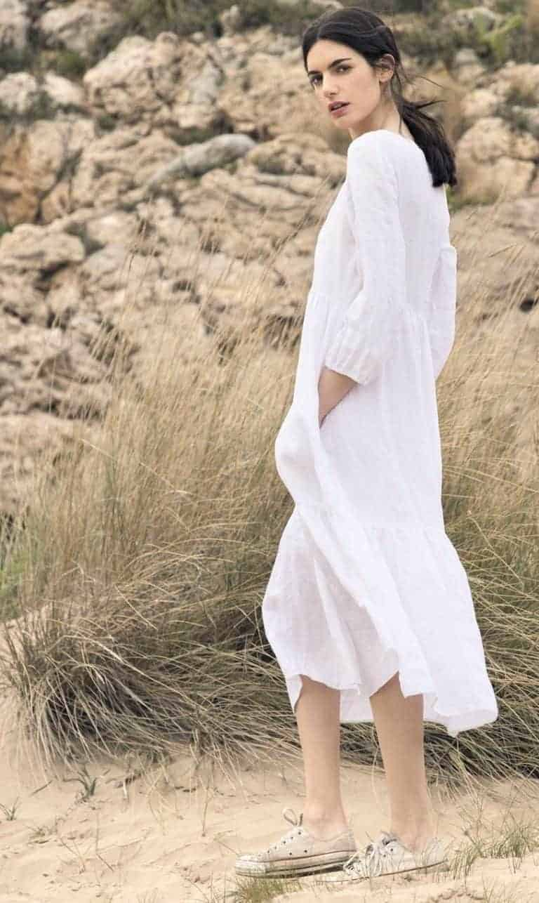 love this white linen petticoat lane dress by Justine Tabak. Click through for more linen dress ideas you'll love