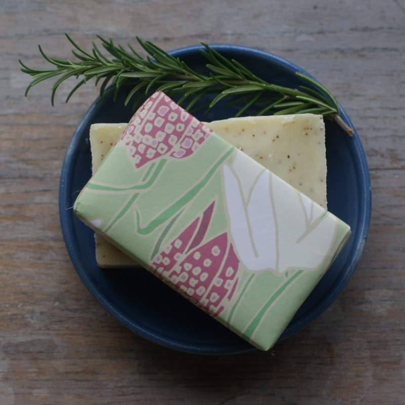 clovelly-soap-rosemary-in-dish
