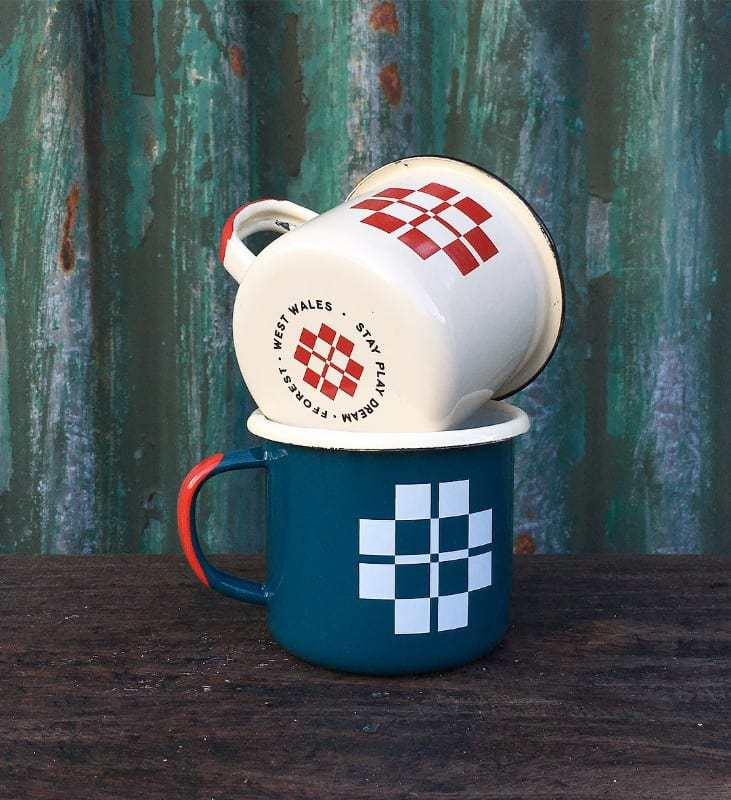 fforest-enamel-mugs