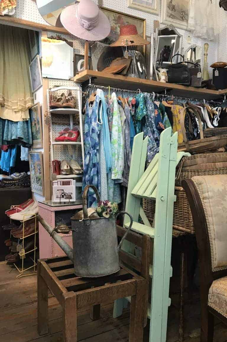 loved this vintage clothing antique and vintage home gem in Ryde, isle of wight. click through for more great finds