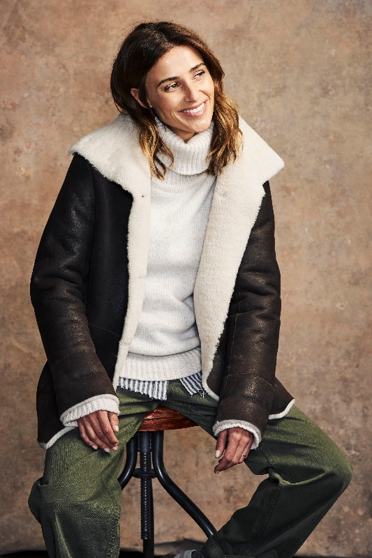 7257_sheepskin_box_jacket_brown_and_white_041