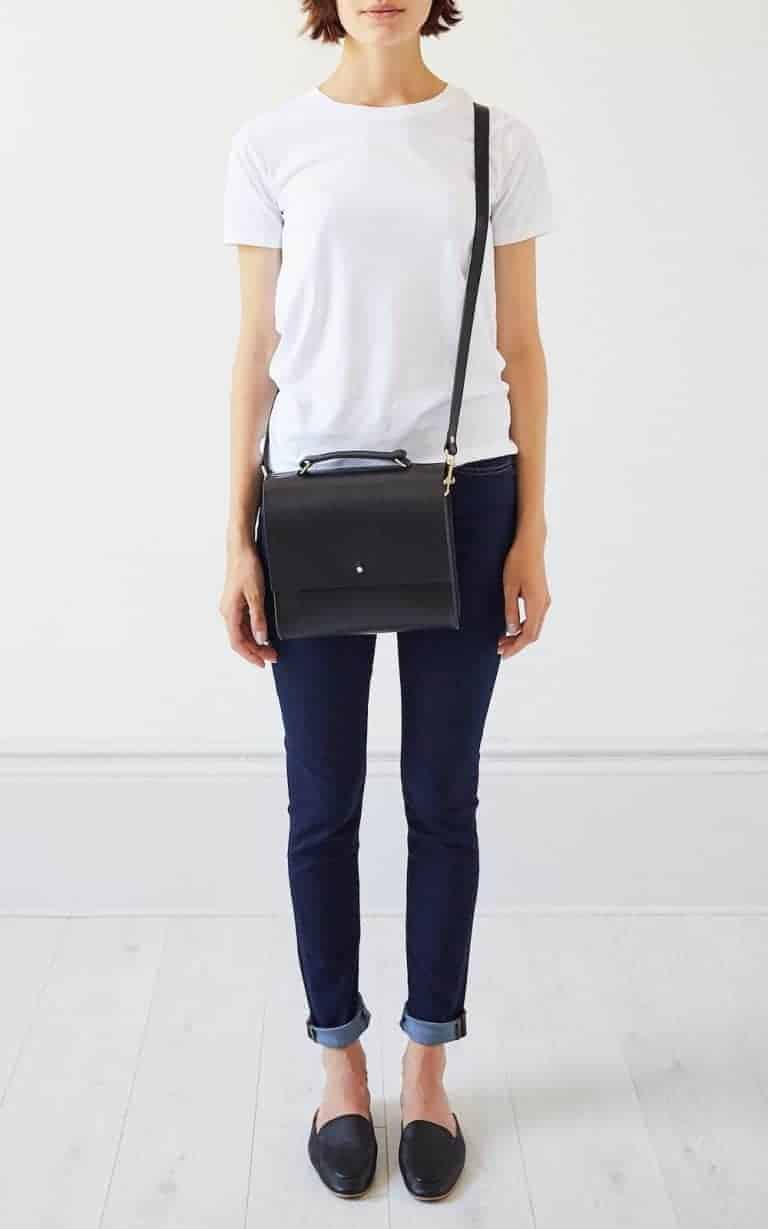 the perfect black leather cross body handbag satchel carry case by Grace Gordon London. Click through for more perfect handbag ideas you'll love