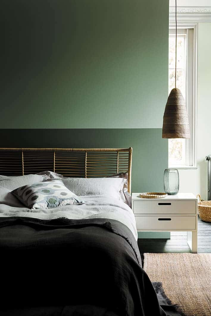 love this aquamarine green paint colour bedroom by Little Greene with Ambleside dark green paint colour on lower wall. Click through for more green paint colours you'll love from the latest new collection by Little Greene paints with the National Trust