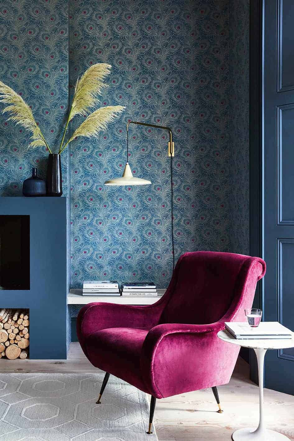 love this peacock feather blue Carlton House Terrace wallpaper from the new London Wallpapers V collection launching January 2019 and based on fragments of designs stored in English Heritage's wallpaper archive. Click through for more images from the collection as well as other wallpaper designs you'll love to decorate with