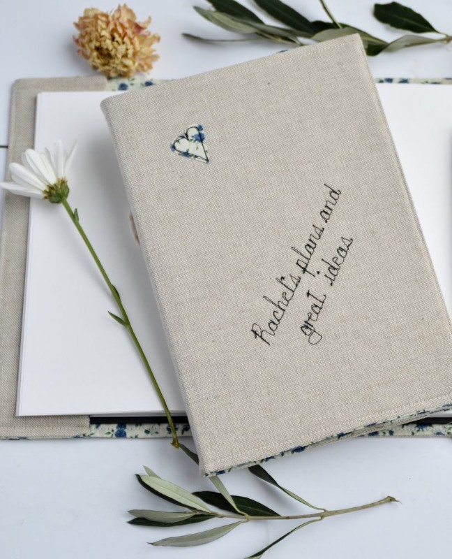 hand-embroidered-linen-journal-handmade-at-poshyarns
