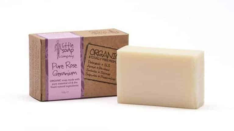 love this handmade natural rose geranium soap by the little soap company. Click through for more zero waste and plastic free ideas you'll love