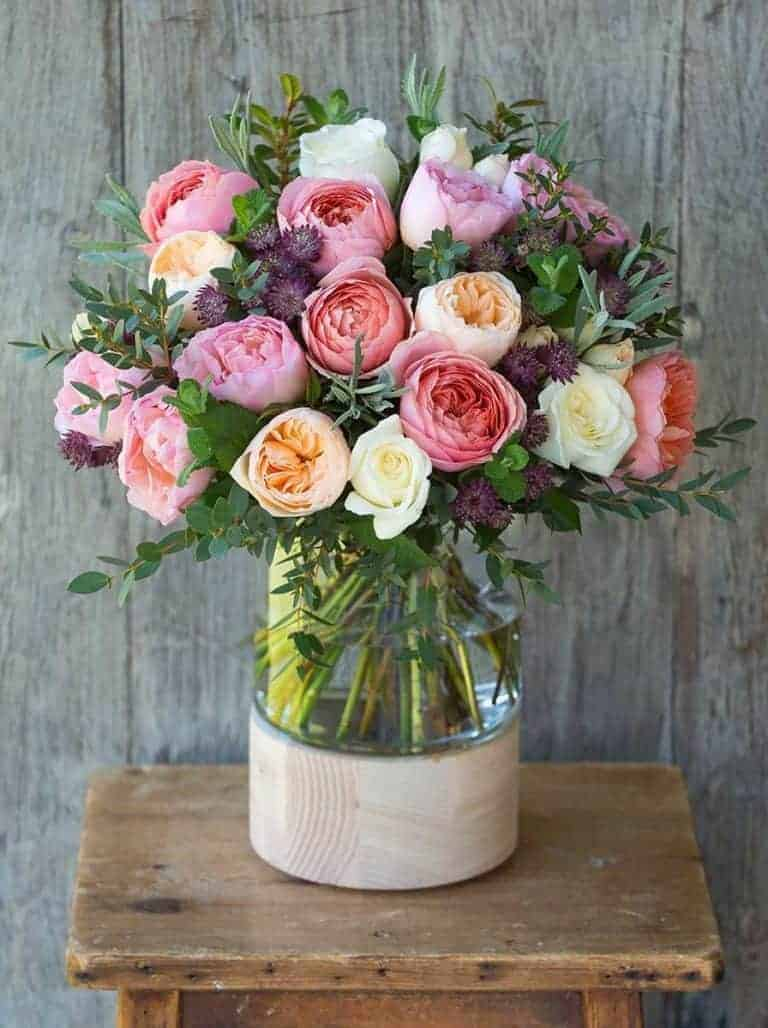 love this scented rose bouquet of old fashioned roses by The Real Flower Company. Click through to discover founder, Rosebie Morton's, simple pleasures and local loves