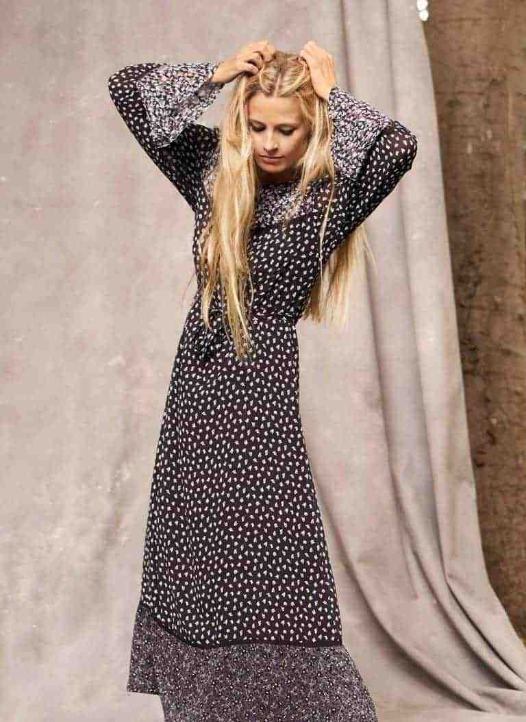 love this boho ditsy silk dress by Brora in dark floral print with contrasting patterns, frilled sleeves and hem in long length, part of the 25th anniversary Brora collection in collaboration with Marie Claire fashion director Jayne Pickering. Click through to see the rest of this utterly beautiful collection of cashmere and boho silk dresses and skirts #brora #madeinbritain #cashmere #autumnfashion #boho