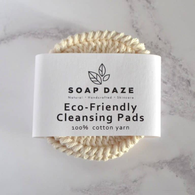 love these eco friendly zero waste reusable cleansing pads from Wearth London. Click through for more zero waste and plastic free ideas you'll love