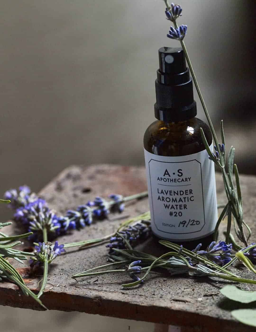 love this lavender aromatic water A.S Apothecary. Click through for more ethical gift ideas for Christmas you'll love #ShopEhicalInstead #ethicalgifts #madeinbritain #frombritainwithlove #sustainablegifts #ethicalhour #zerowaste