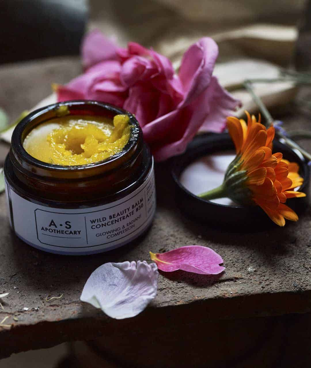 love this small batch natural wild beauty face cream by A S Apothecary. Click through for more ethical gift ideas for Christmas you'll love #ShopEhicalInstead #ethicalgifts #madeinbritain #frombritainwithlove #sustainablegifts #ethicalhour #zerowaste