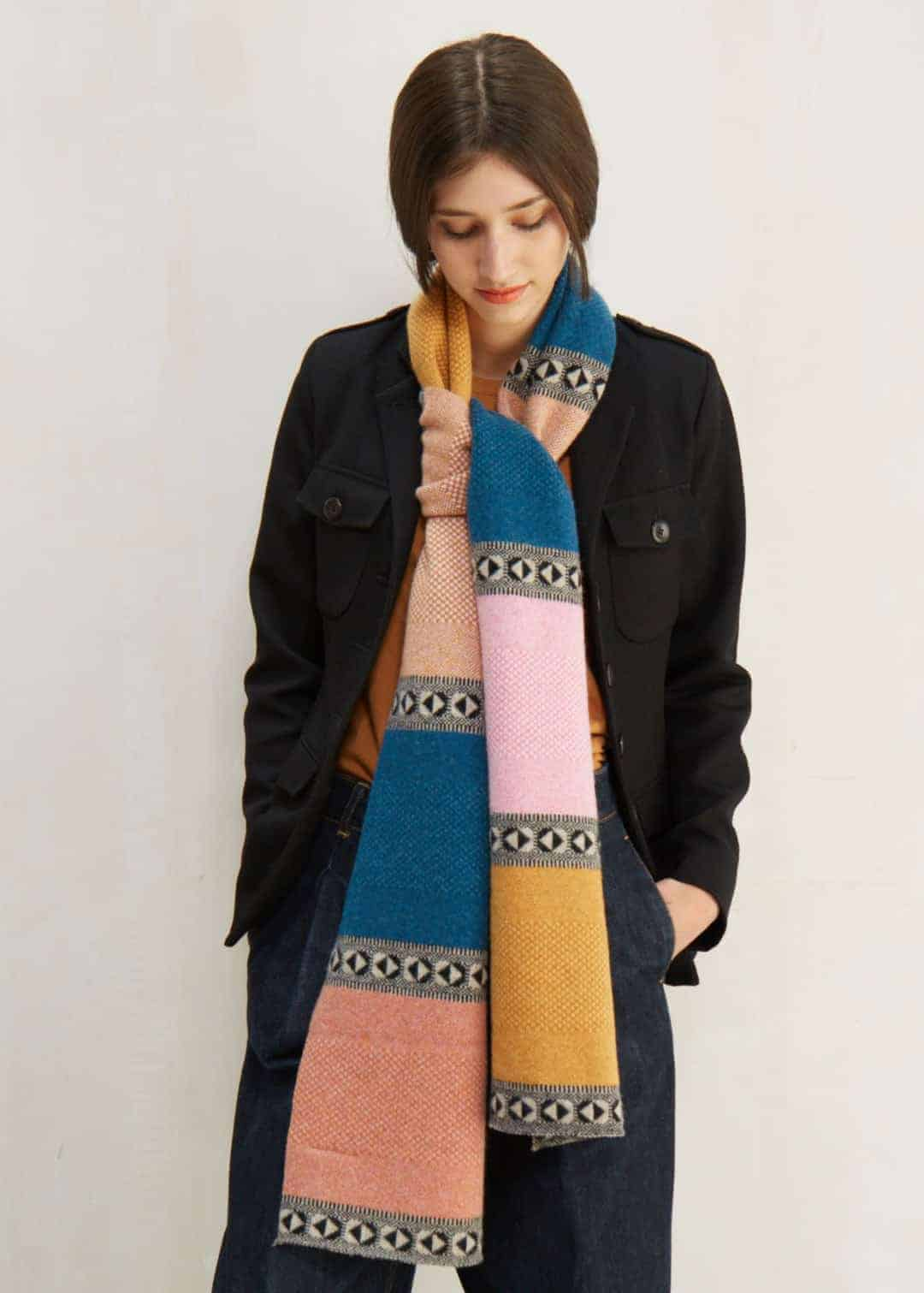 love this quinton chadwick tweed block scarf made in scotland using pure lambswool. Click through for more ethical gift ideas for Christmas you'll love #ShopEhicalInstead #ethicalgifts #madeinbritain #frombritainwithlove #sustainablegifts #ethicalhour #slowfashion #ethicalfashion